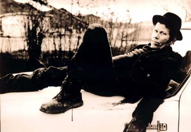 Tom Waits – Cold ColdGround