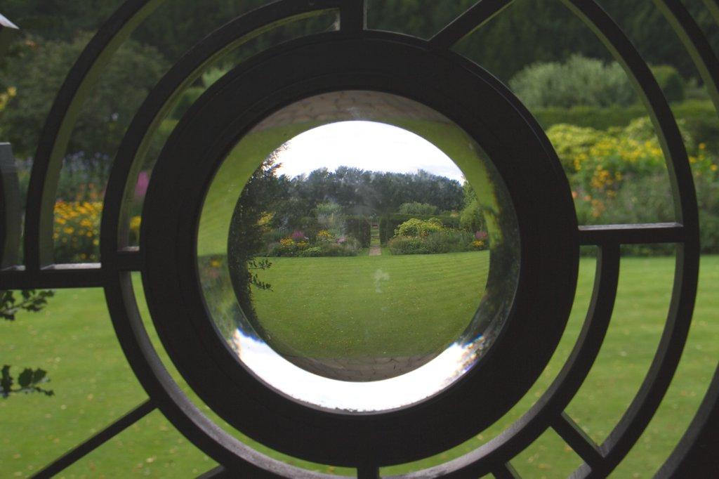 Cambridge Bullauge Garten