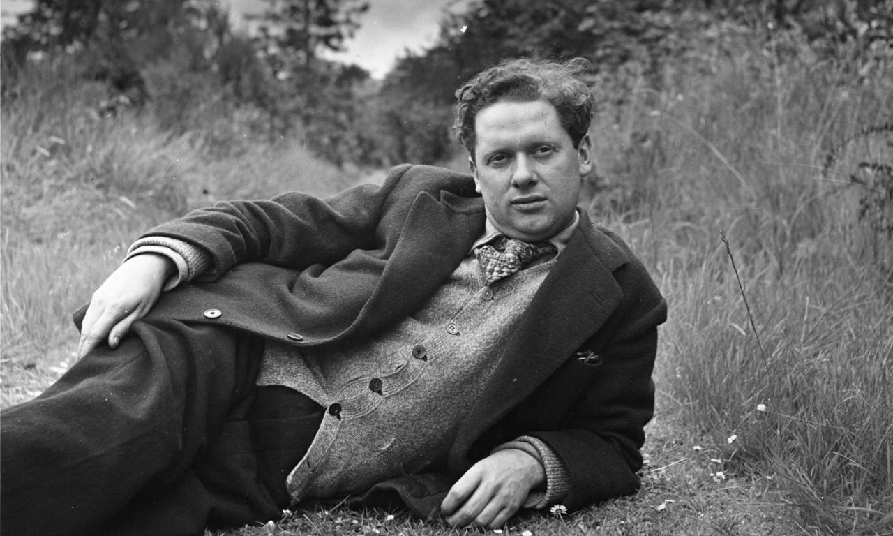 "International Dylan Thomas Day – Reblogged von ""A Readmill of my Mind """
